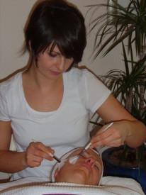 Hautdiagnose futuremed, Hautreinigung Berlin, Gesichtsmassage aesthetic center